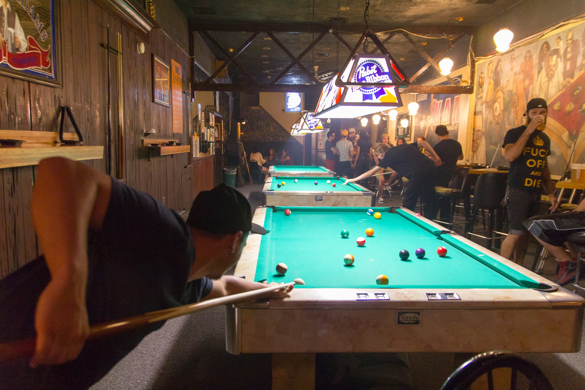 11 Pittsburgh Dive Bars You'll Want to Call Home