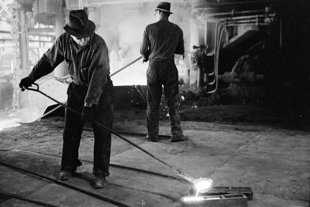pittsburgh-steel-workers-2