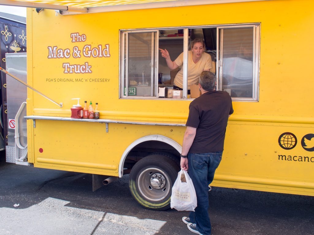 mac-and-gold-truck-pittsburgh-1